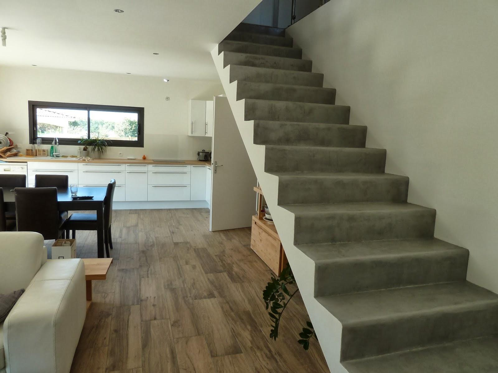 Ma maison bioclimatique escalier en b ton cir - Escalier en beton cire ...
