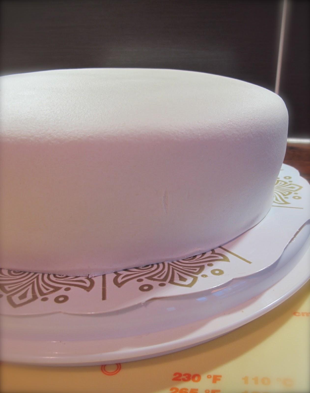 klä tårta med marsipan