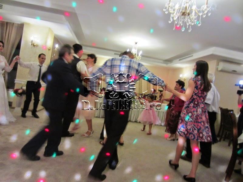 Nunta cu DJlaPetrecere.ro la Casa Banil Rahova - 4