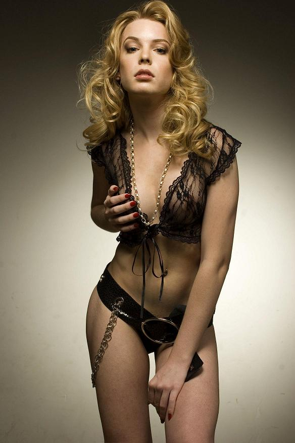 Alexandra socha nude