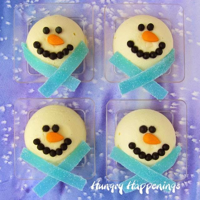 Mini Cheesecake Snowmen taste way better than snow. | HungryHappenings