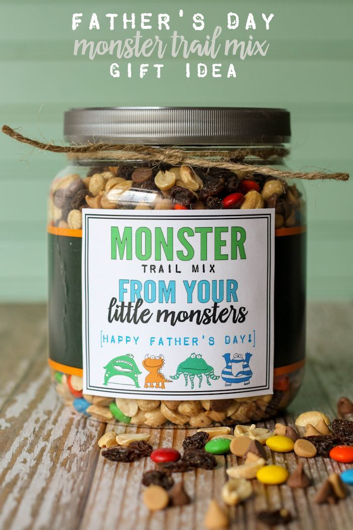 http://lilluna.com/monster-trail-mix-fathers-day-gift/