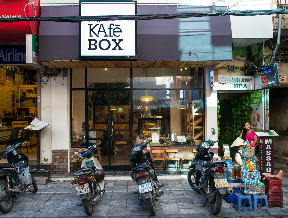 cafes in hanoi - kafe box