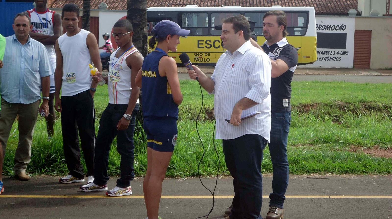 Foto 14 da 1ª Corrida Av. dos Coqueiros em Barretos-SP 14/04/2013 - Pódium
