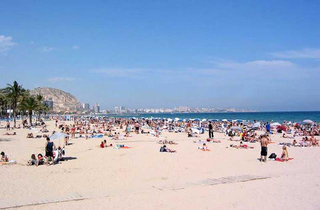 Hiekkaranta Espanjan Alicantessa