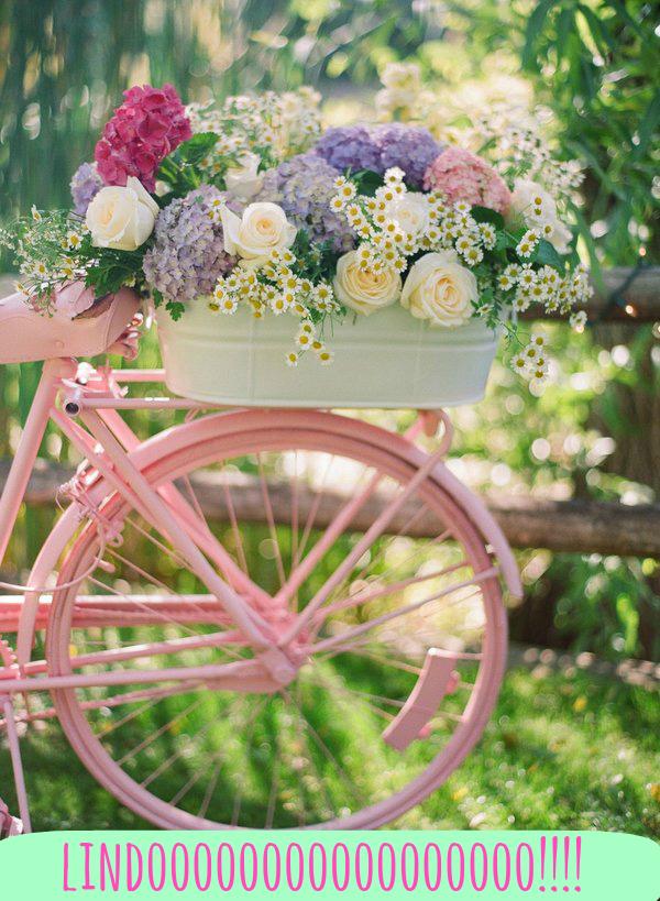 levante la mano conmigo o las hortensias te van ayudar a darle ese toque mgico a tu decoracin si las combinas con otras flores de colores pasteles