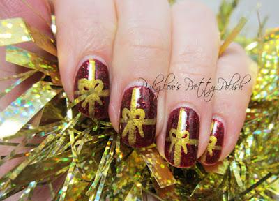 Christmas-present-nail-art.jpg