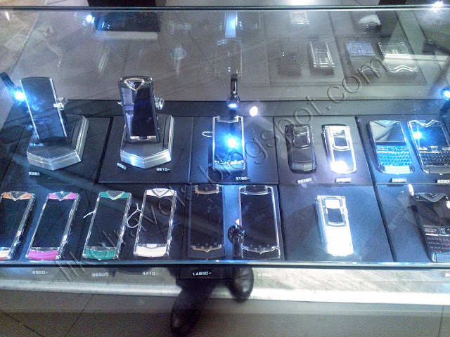 Luxury cellphones at Ataturk airport duty free