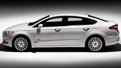 Ford mostra o Fusion 2013, hibrido,e plug-in