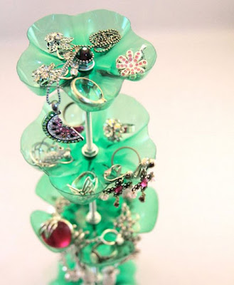 Recycling plastic bottles jewelry organizer home accessories 2