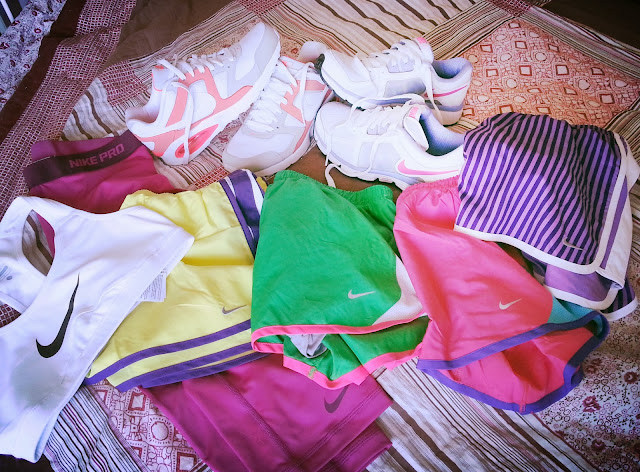 nike, workout gear, shoes, running, shorts, capris