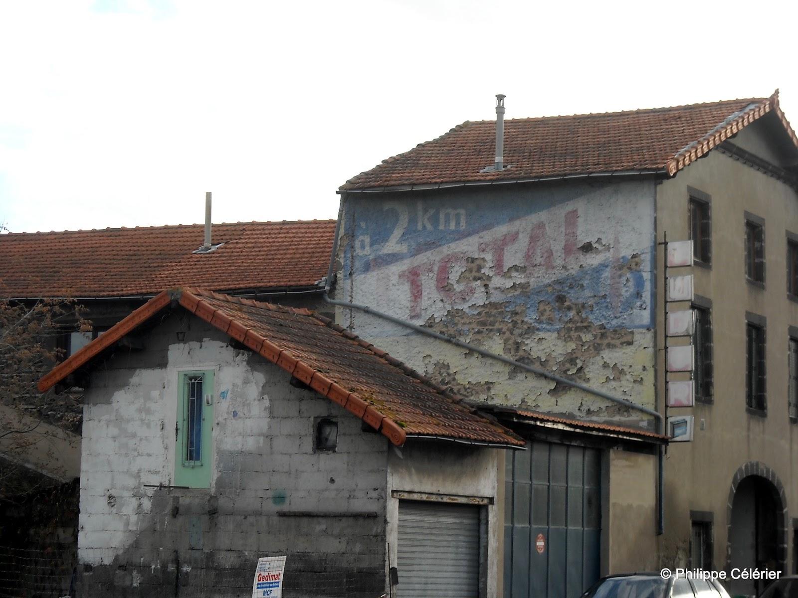 Les murs peints s 39 affichent ballade puyd moise opus 4 for Garage de paris riom