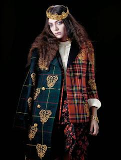 Lorde Magazine Photoshoot For The Wild Magazine December ... Lorde Photoshoot 2013