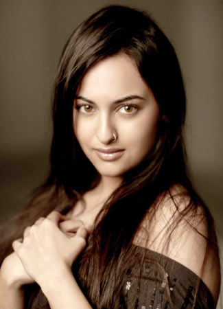wallpaper of sonakshi sinha in bikini. Former Miss World sonakshi