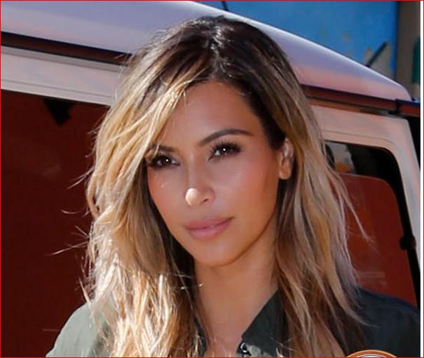 http://fr.blastingnews.com/divertissement/2015/04/les-premiers-cliches-du-beau-pere-de-kim-kardashian-en-femme-devoiles-00360119.html