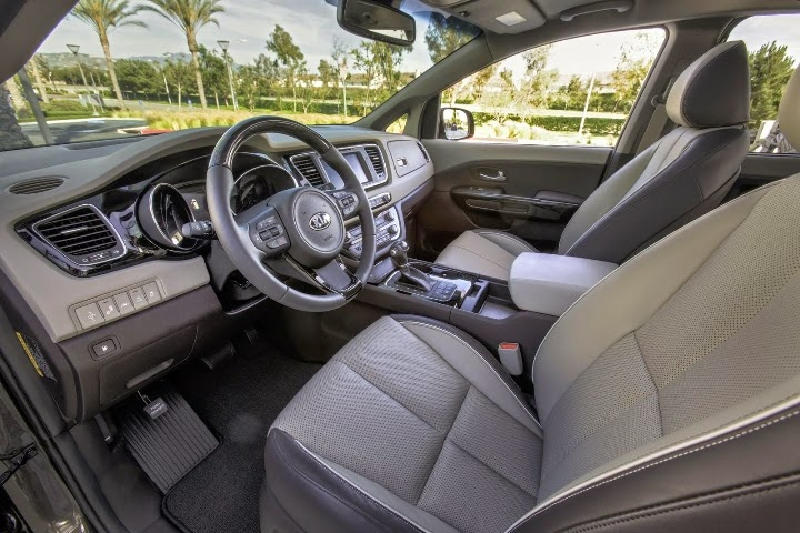 2015 New Kia Sedona interior