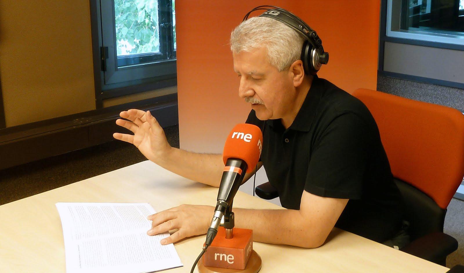 """GORKA ZUMETA VISITA """"EL GALLO"""" DE RNE"""