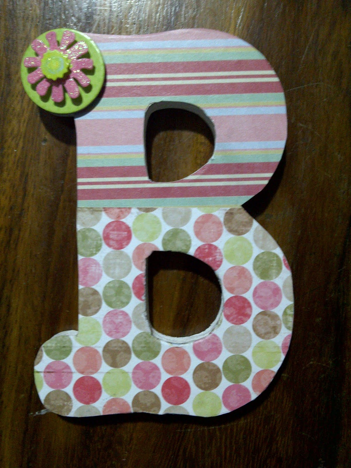 lucky girl diy decorate wooden letters. Black Bedroom Furniture Sets. Home Design Ideas
