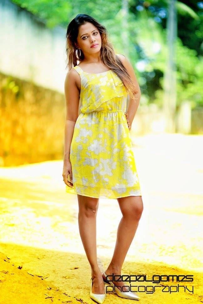 chandi with Yellow mini Dress