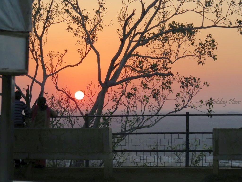 sunset from chittorgarh fort
