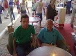 Eu ao lado do escritor Assis Brasil