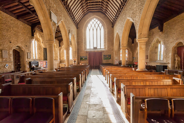 Bampton church interior in the Oxfordshire Cotswolds by Martyn Ferry Photography