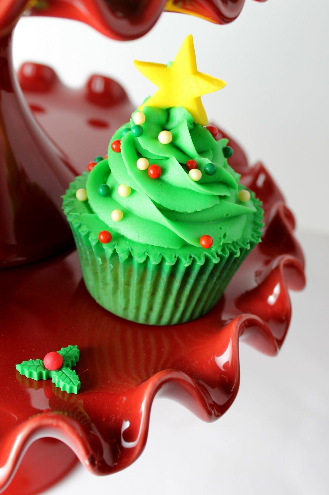 Rojo y Dorado 100s y 1000s de zarzamora Cupcake Decoraciones Cupcakes