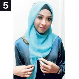 tips Mudah Cara Memakai Jilbab Model Segi Empat sederhana