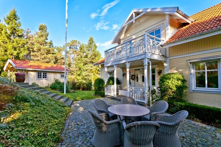 wystrój wnętrz, wnętrza, home decor, dom, mieszkanie, styl tradycyjny, styl klasyczny, białe wnętrza, ogród