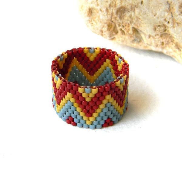 Beaded ring - beadwork jewelry - peyote ring - beadwoven ring