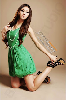 Yumi Wong SK Malaysian girl hot photo gallery 10