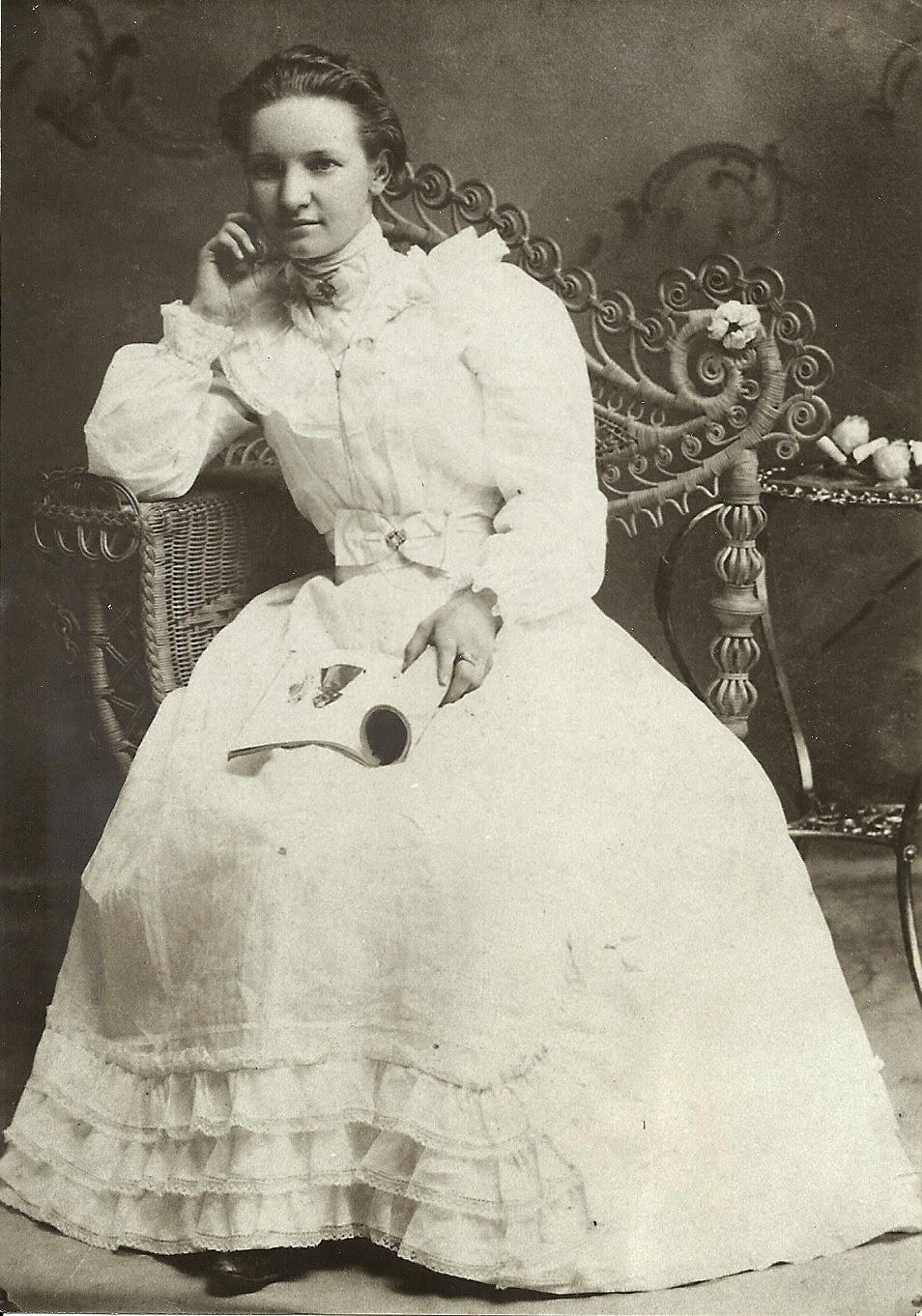 Climbing My Family Tree: Myrtie Mabel Wilcox 1899
