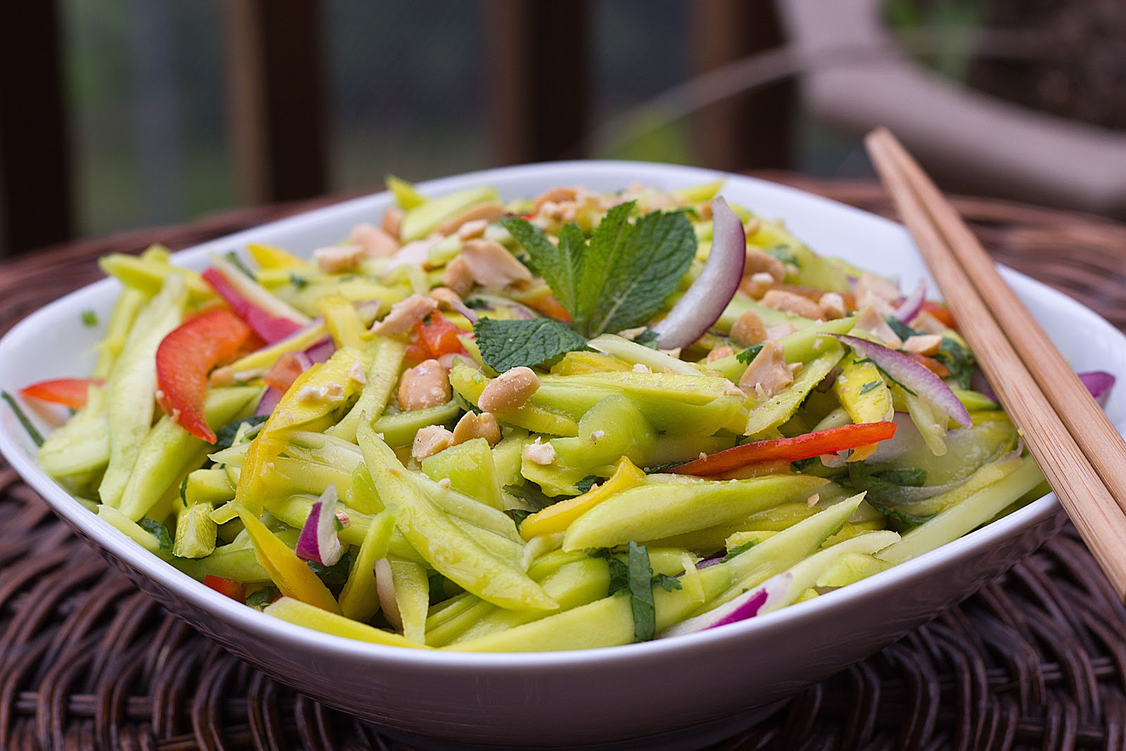fabulous fridays: Thai Green Mango Salad