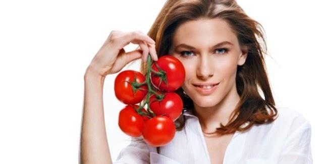 Khasiat Buah Tomat untuk Kuit Wajah