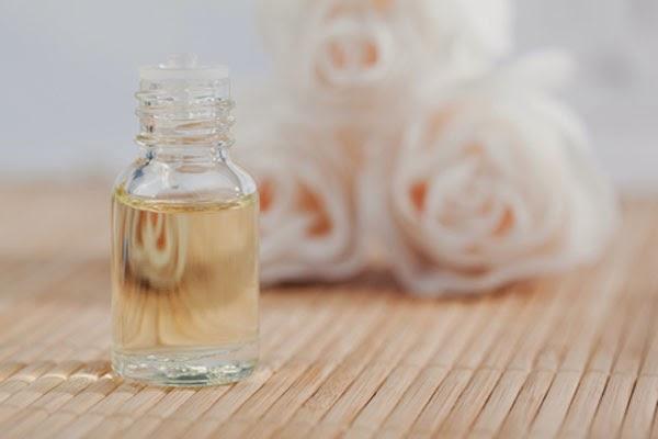 Tónicos astringentes para piel seca y grasa