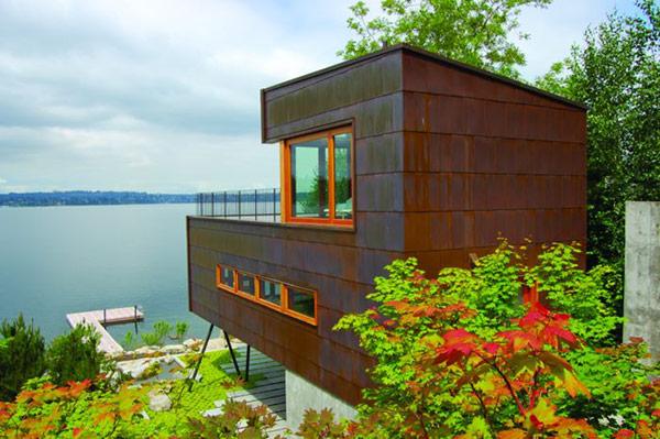 MU Architecture home near water