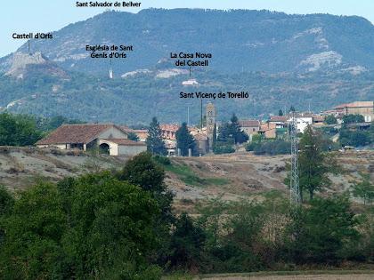 Panoràmica de Sant Vicenç de Torelló amb el Castell d'Orís i l'església de Sant Salvador de Bellver al fons
