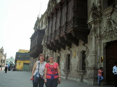 Palacio Arzobispal de Lima, Perú, La vuelta al mundo de Asun y Ricardo, round the world, mundoporlibre.com
