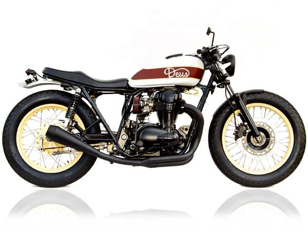 Kawasaki W650 side