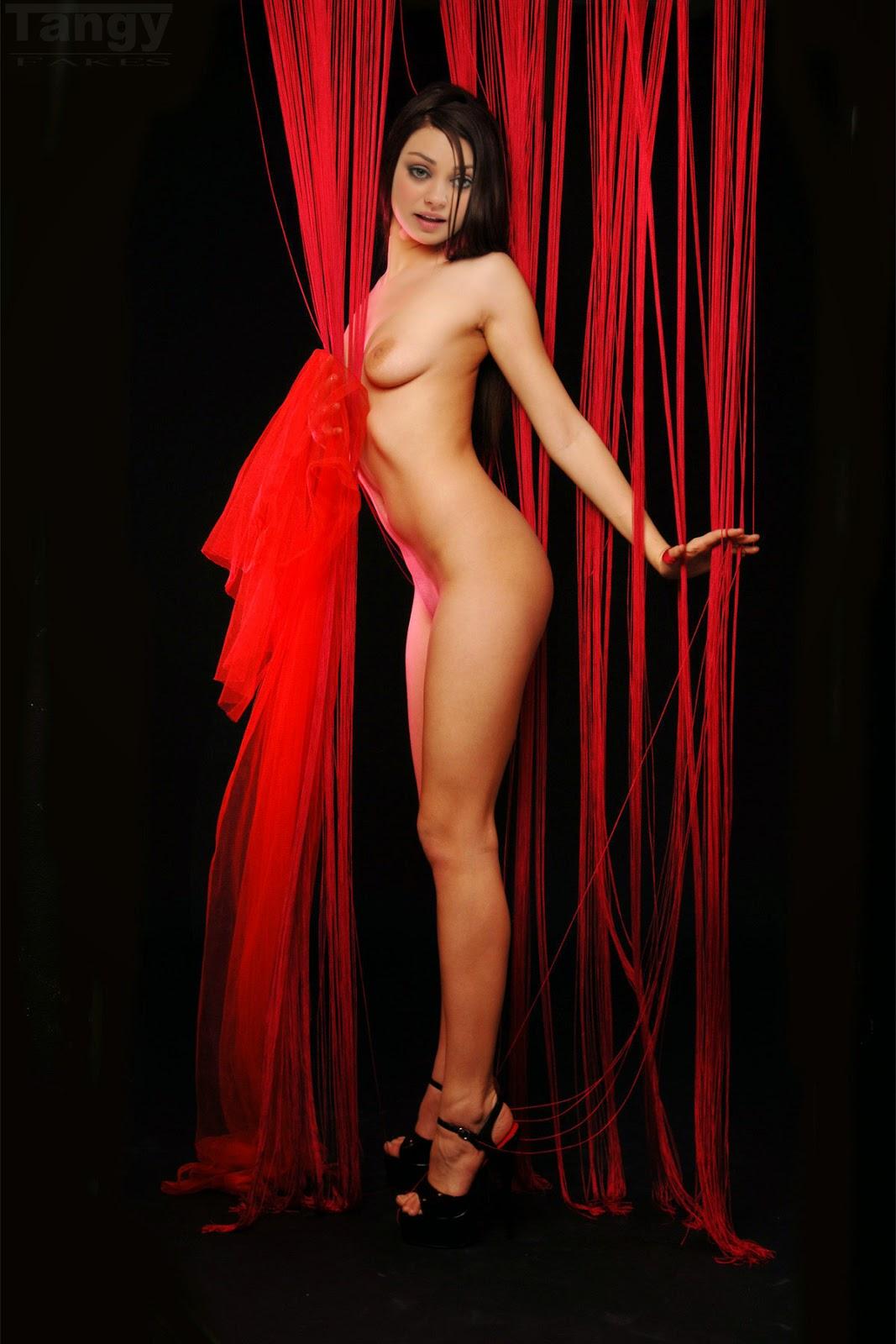 Nackt Bilder : Mila Kunis Nude Fakes   nackter arsch.com