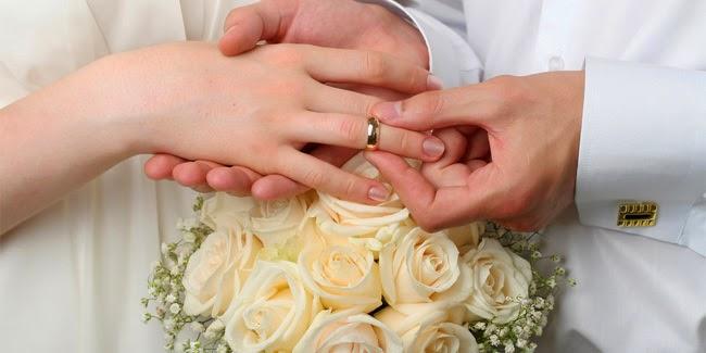 Wanita Ini Menikah Dengan Tamu Undangan Karena Ditinggal Calon Suami