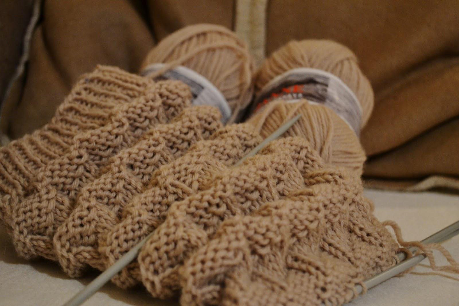 mönster stickade sockor