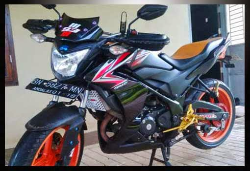 Modifikasi CB150R Gaya Street fighter
