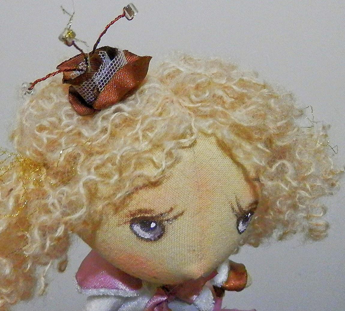 кукла в детскую