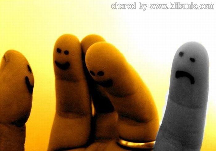 http://2.bp.blogspot.com/-v3v5YB-mz6w/TX2wfc6tPpI/AAAAAAAARUw/9VBTk6wwfBM/s1600/finger_13.jpg
