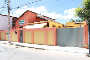 POUSADA 221 - Rua João Pinto Damasceno, 221 (Centro) Canindé-CE (85) 3343.0051 e 3343.1009
