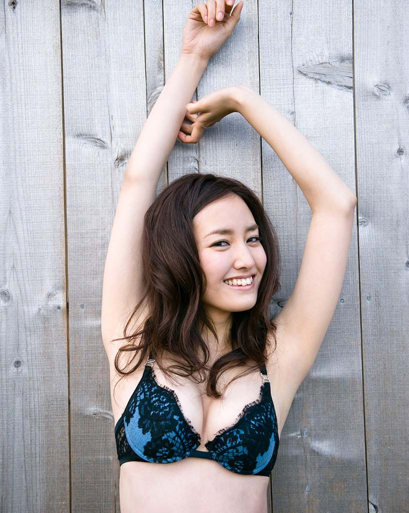 natsuko nagaike sexy bikini photo 02