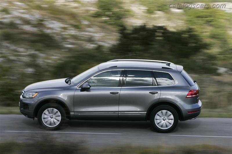 صور سيارة فولكس واجن طوارق 2012 - اجمل خلفيات صور عربية فولكس واجن طوارق 2012 - Volkswagen Touareg Photos Volkswagen-Touareg_2012_800x600_wallpaper_11.jpg