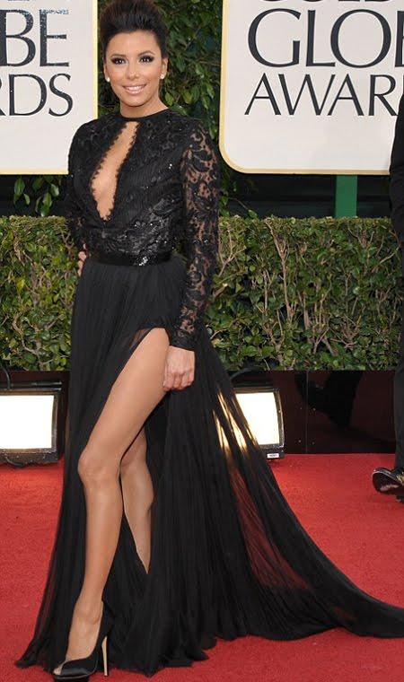 Ева Лонгориа в рокля с огромна цепка и деколте на Emilio Pucci