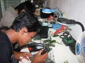 Lowongan Kerja Teknisi Handphone